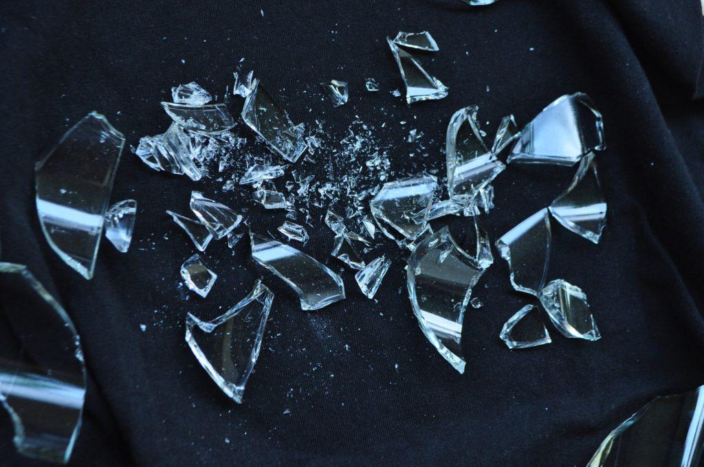 Zbite szkło
