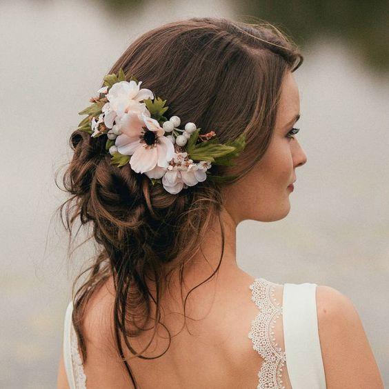 ślubne Inspiracje Fryzury Z Kwiatami ślub I Wesele W